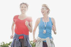 ladies walking 10000 steps to promote better health