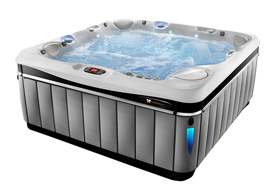 the best luxury hot tub the Utopia Tahitian filled with water