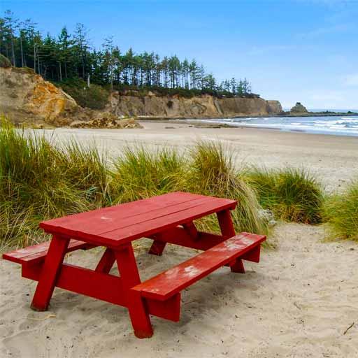 Picnic table on the Oregon coast.