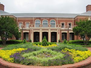 2019 Dorm Tours Elon University Campusreel