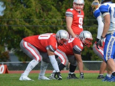 "OL/OT Giffen's ""body frame and athletic ability"" gives him an advantage"