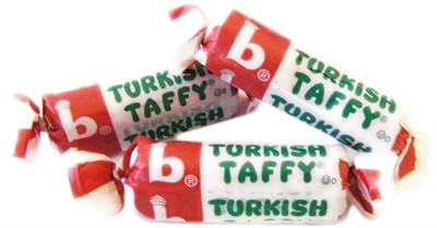 Bonomo Turkish Taffy Bulk - Strawberry 5LB