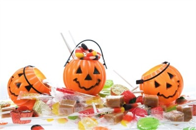 <strong>Halloween Candy and Gifts </strong>