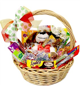 Kudos Medium Candy Gift Baskets (sold out)