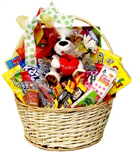 Kudos Large Candy Gift Basket (sold out)