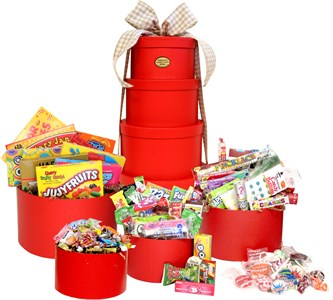 <strong>Super Mega Nostalgic Candy Gift Tower </strong>