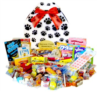 Paw Print Classic Candy Gift Box (Discontinued)