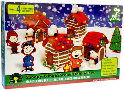 Snoopy Mini Gingerbread Doghouses 4 Pack