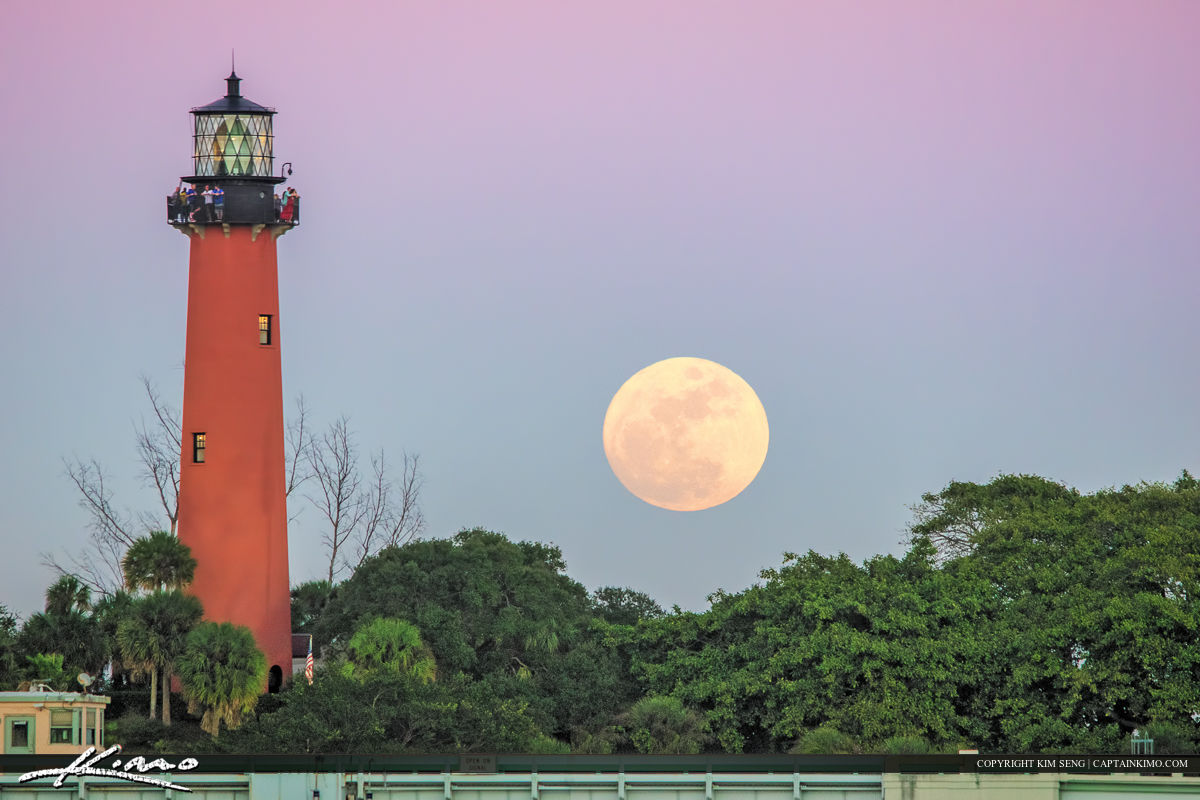 Jupiter Lighthouse Wolf Moon Rise