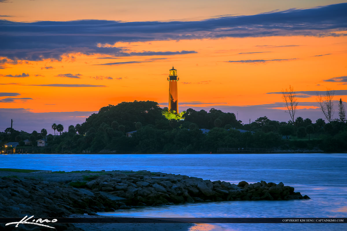Sunset Jupiter Lighthouse from Dubois Park