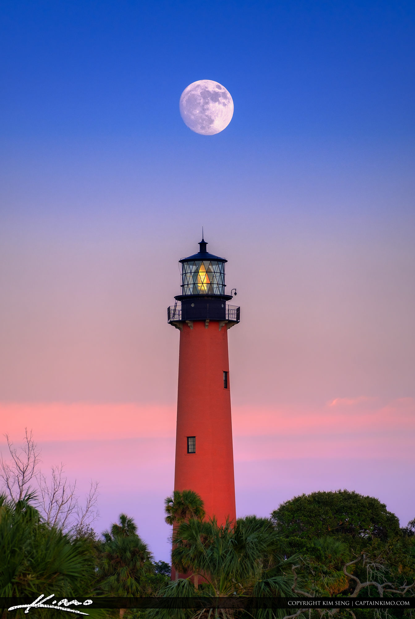 Where Is Jupiter Florida >> Moon Rise Over Jupiter Lighthouse with Pink Sky