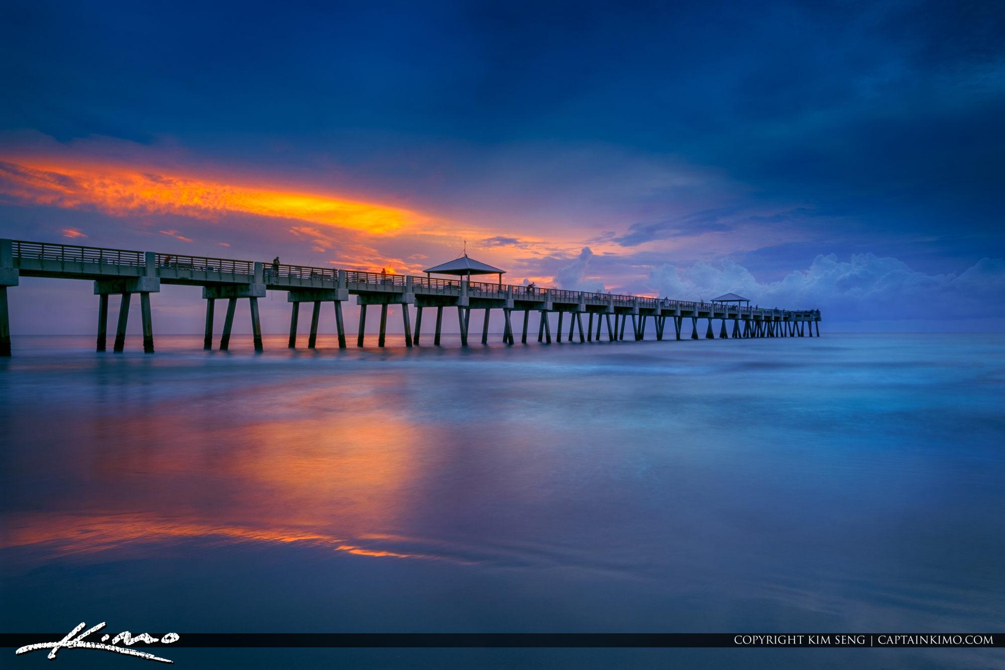 Juno Beach Pier Gloomy Morning Colors