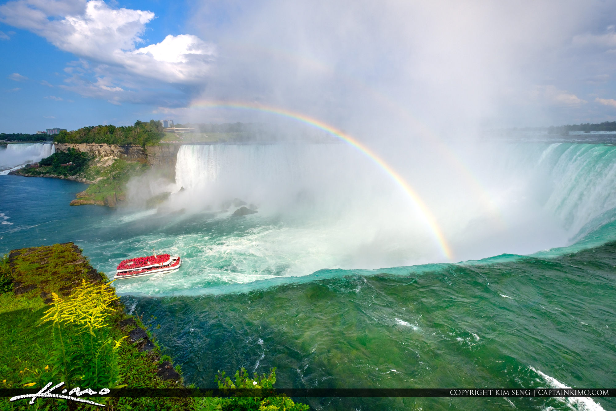 Hornblower Ferry Rainbow Niagara Falls ON Canada