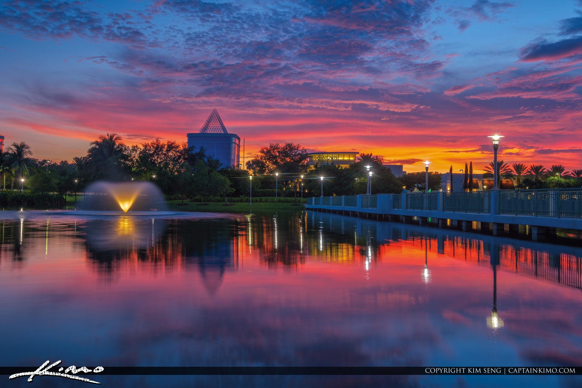 Palm Beach Gardens Sunset at Downtown Gardens