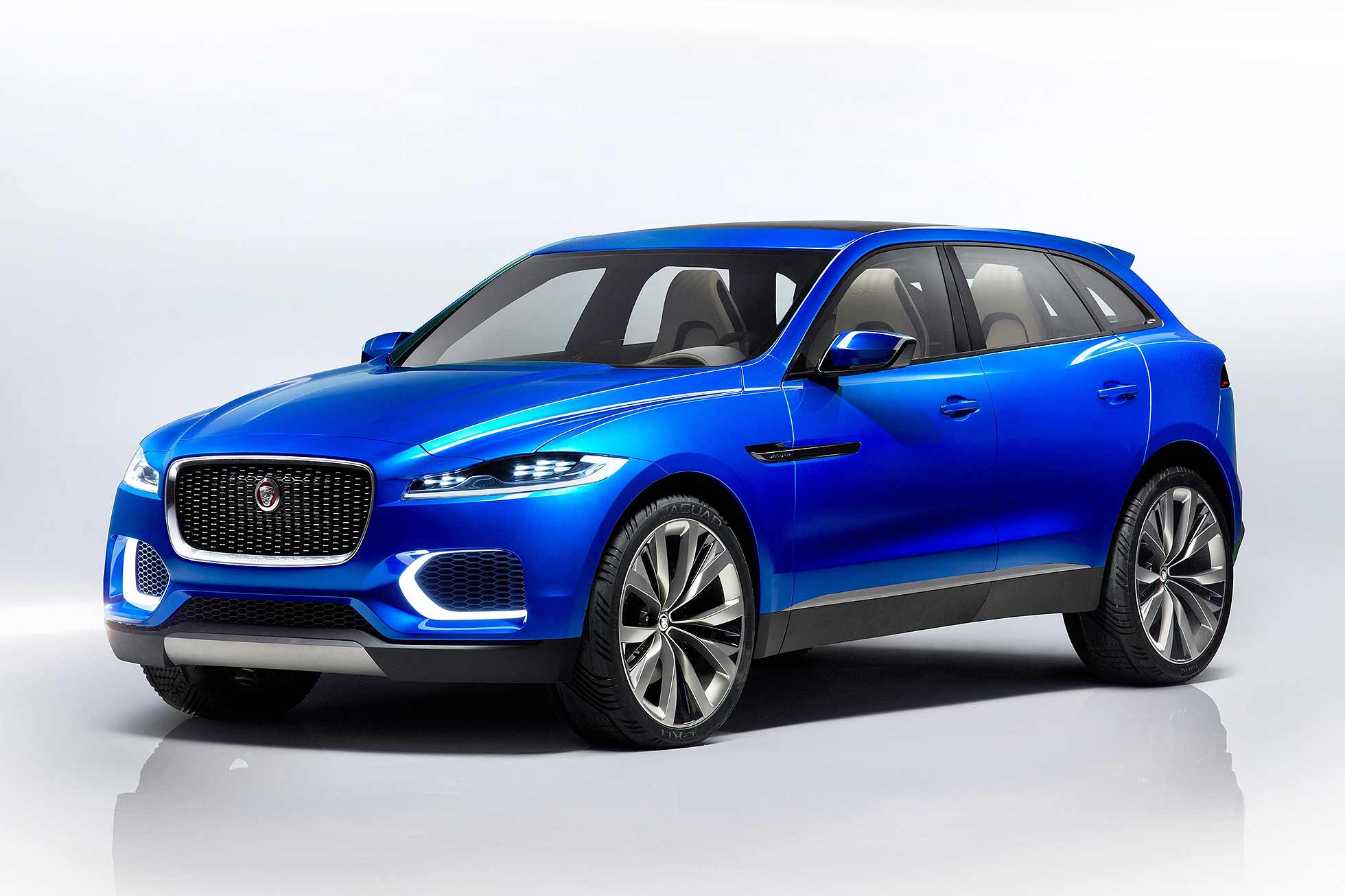 2016 F-Pace exterior image