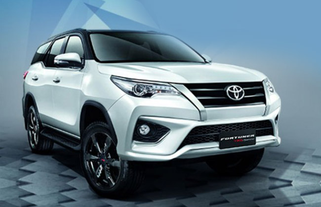 Fortuner Sportivo front