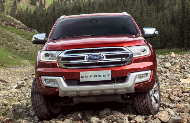2016 Everest front