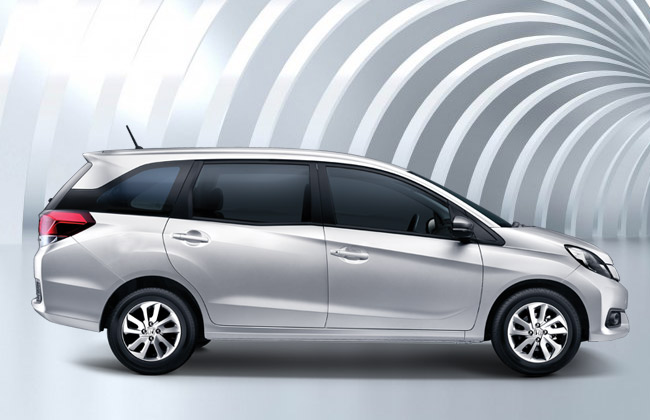 mobilio side profile
