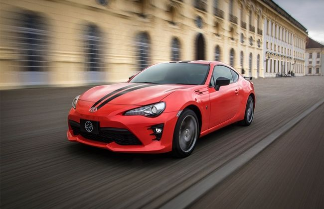 2017-Toyota-86-860-Special-Edition-front-three-quarter-in-motion