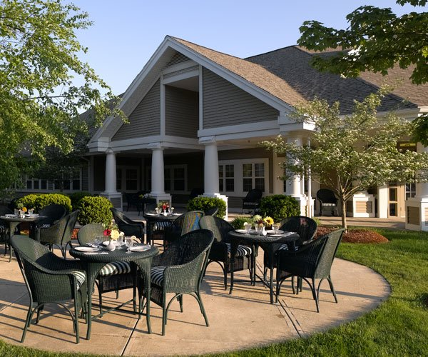 Find Apartment Near Me: Atria Kennebunk Assisted Living