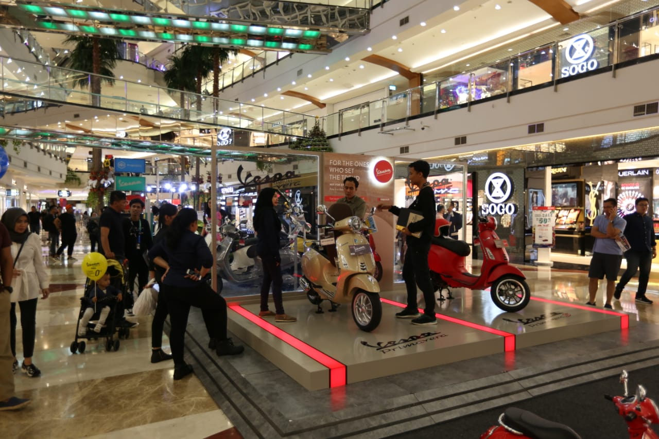 mall to mall exhibition