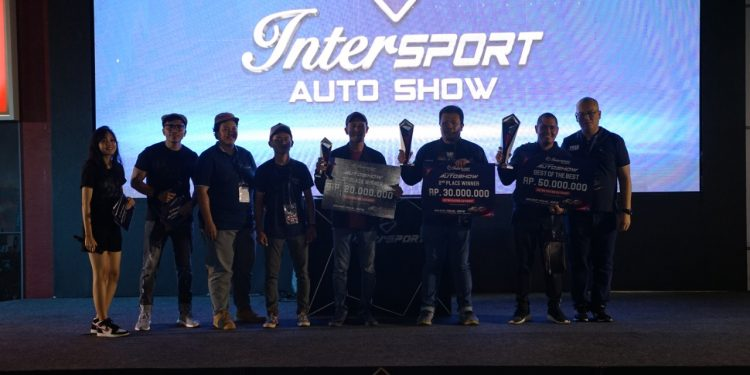 Deretan mobil pemenang kontes modifikasi Intersport World Stage 2019.