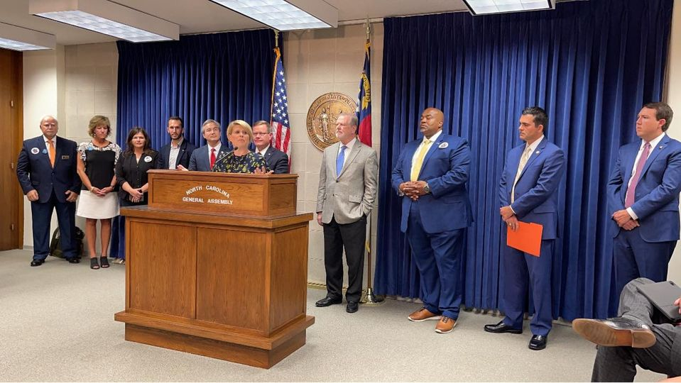 State education leaders gather to honor the 25th anniversary of the N.C. Charter School law June 22, 2021 at the N.C. General Assembly. (Image courtesy of N.C. Coalition for Charter Schools)