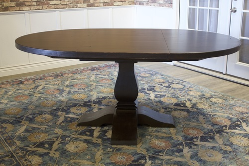 Expandable Round Heirloom Pedestal Table