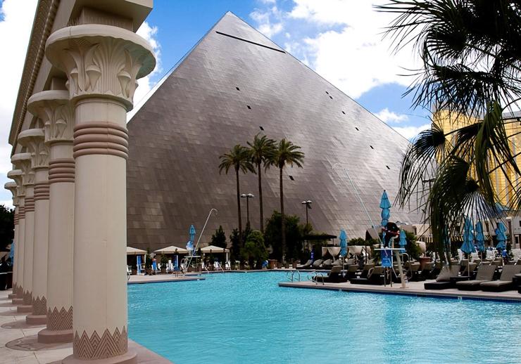 LAS VEGAS LUXOR HOTEL & CASINO Infos and Offers