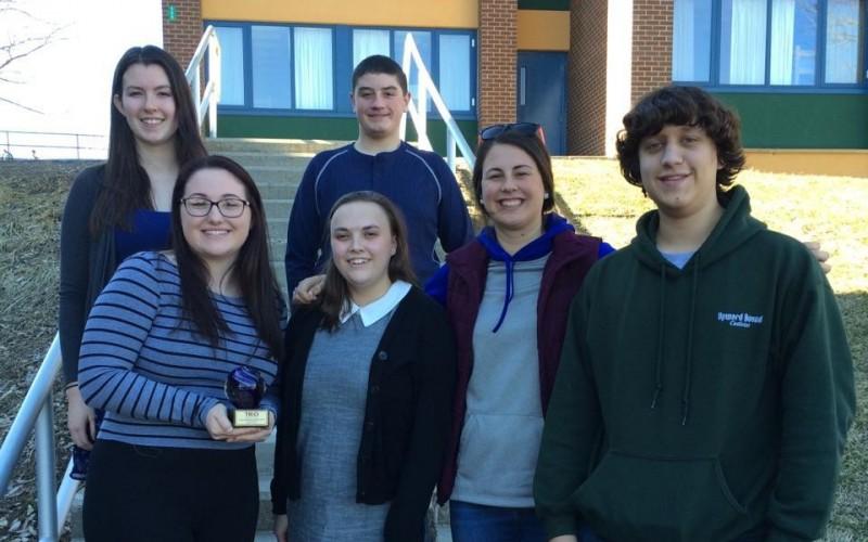 Place Bound Students  >> Castleton Upward Bound Students Place Second At Scholars Bowl