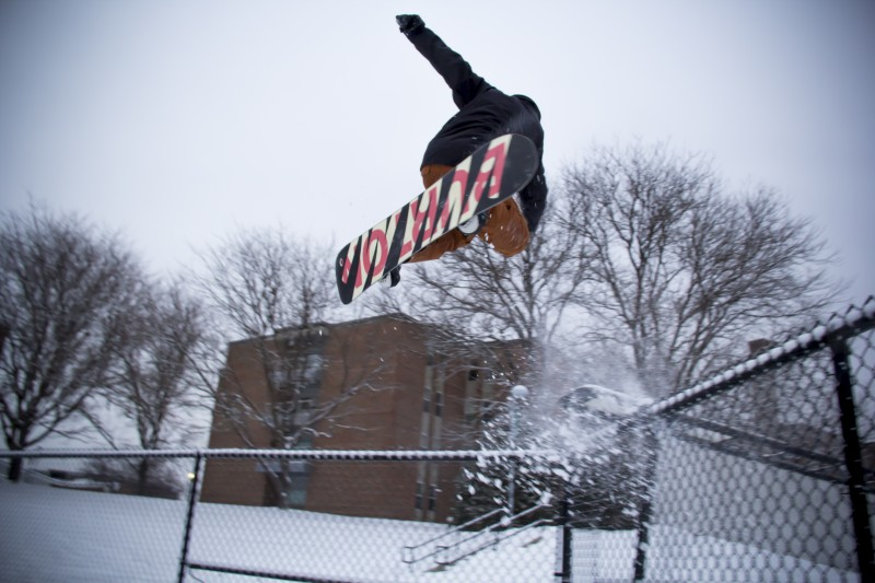 Snowboarder at the Castleton rail park