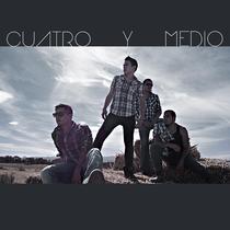 Corriendo a Ningún Lado by Cuatro y Medio