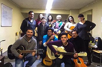 Clases de Guitarra en la Comunidad de Macul