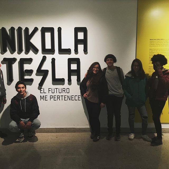 Visita Feria Científica Nikola Tesla