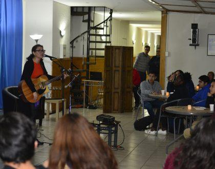 "Café Concert ""Canto a la amistad"""