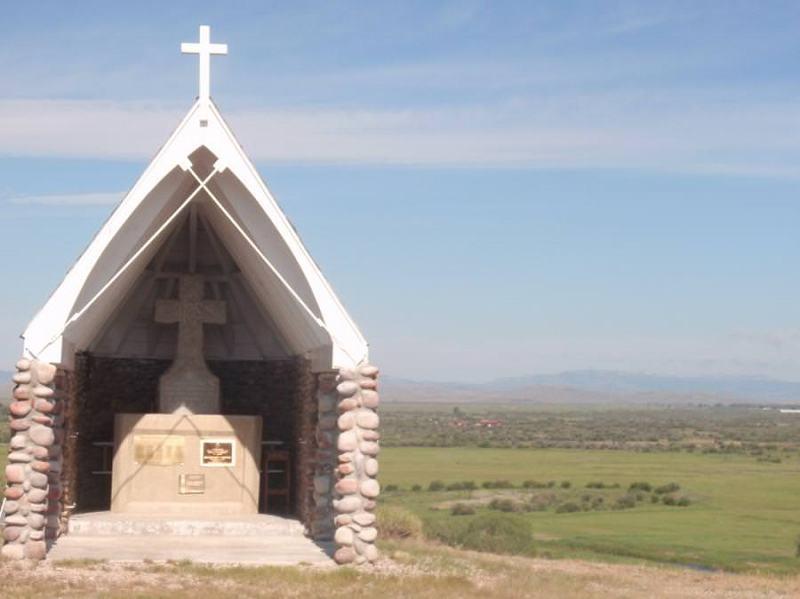 De Smet Monument