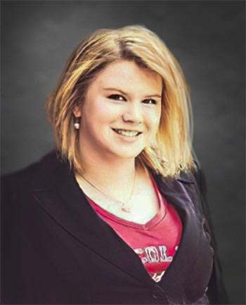 Headshot of Kaylyn Schneider