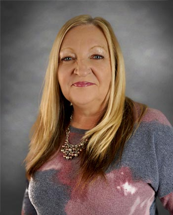 Headshot of Bernadette Cagle