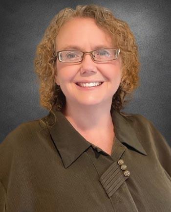 Headshot of Kristy Schmidt
