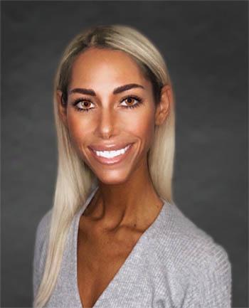 Headshot of Gianna  Tony