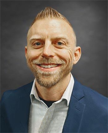 Headshot of Kurt Schwochow