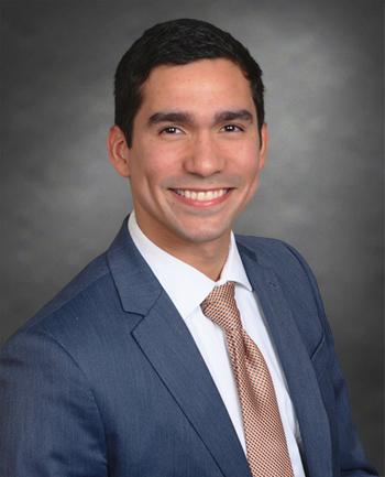 Headshot of Mauricio Gonzalez-Roberts