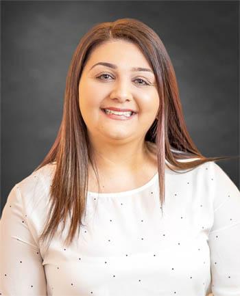 Headshot of Gina La Gioia