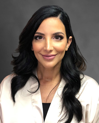 Headshot of Juliana Defrancesco
