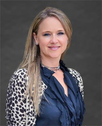 Headshot of Rhiannon  Schmidt