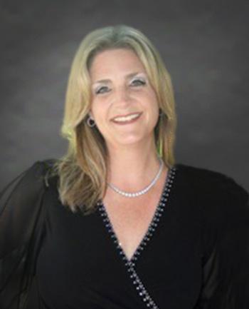 Headshot of Vanessa Jauer