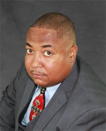 Headshot of Elvin  Ames