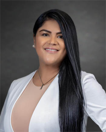 Headshot of Yeny Pena-Mesa