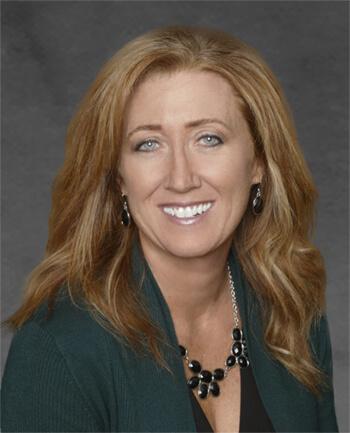 Headshot of Deborah Regan