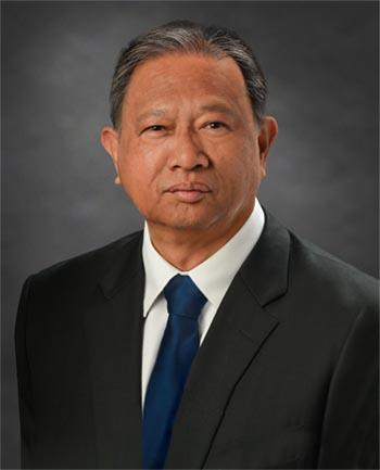 Headshot of Francisco Agcaoili